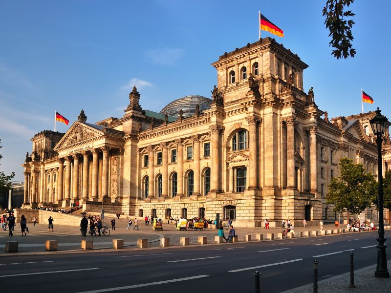 Berlin single date
