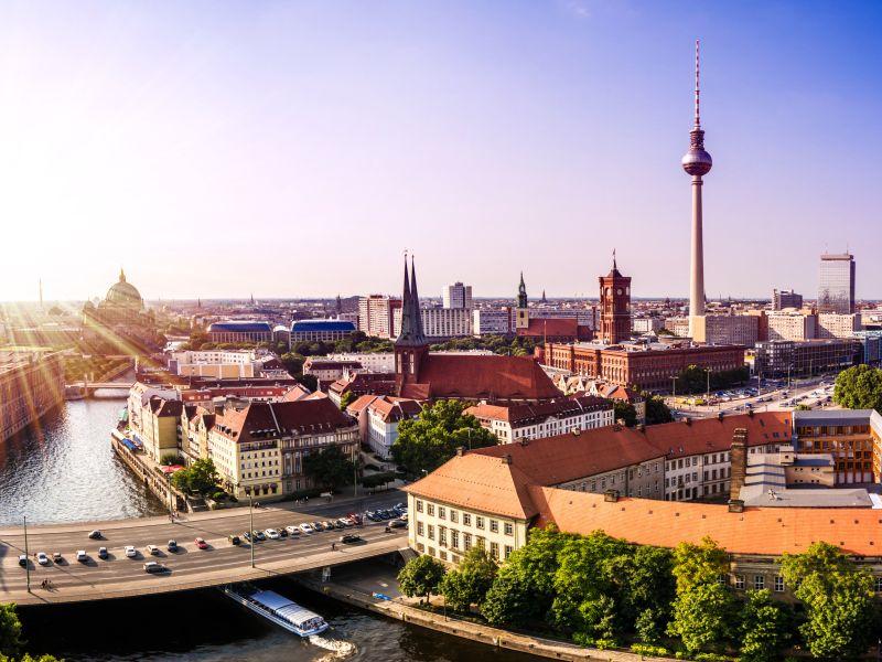 personals cities berlin asian