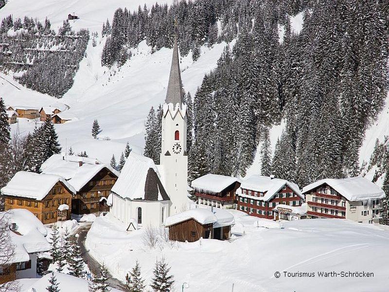Single-Skireisen Vorarlberg- grenzenloses Alpinvergnügen am Arlberg